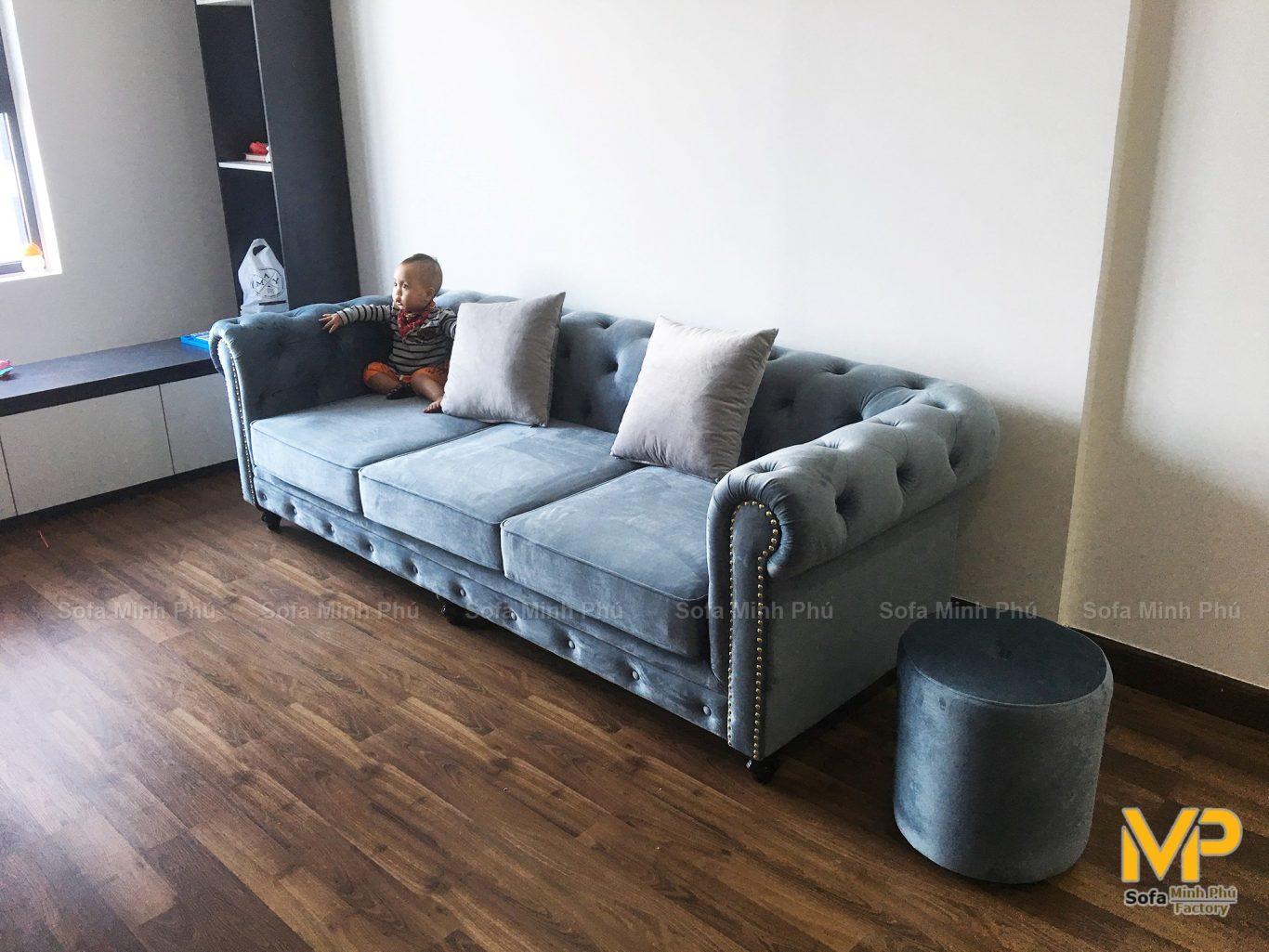 Bàn giao sofa nhà anh Triển-Goldmark tòa Sapphire 4
